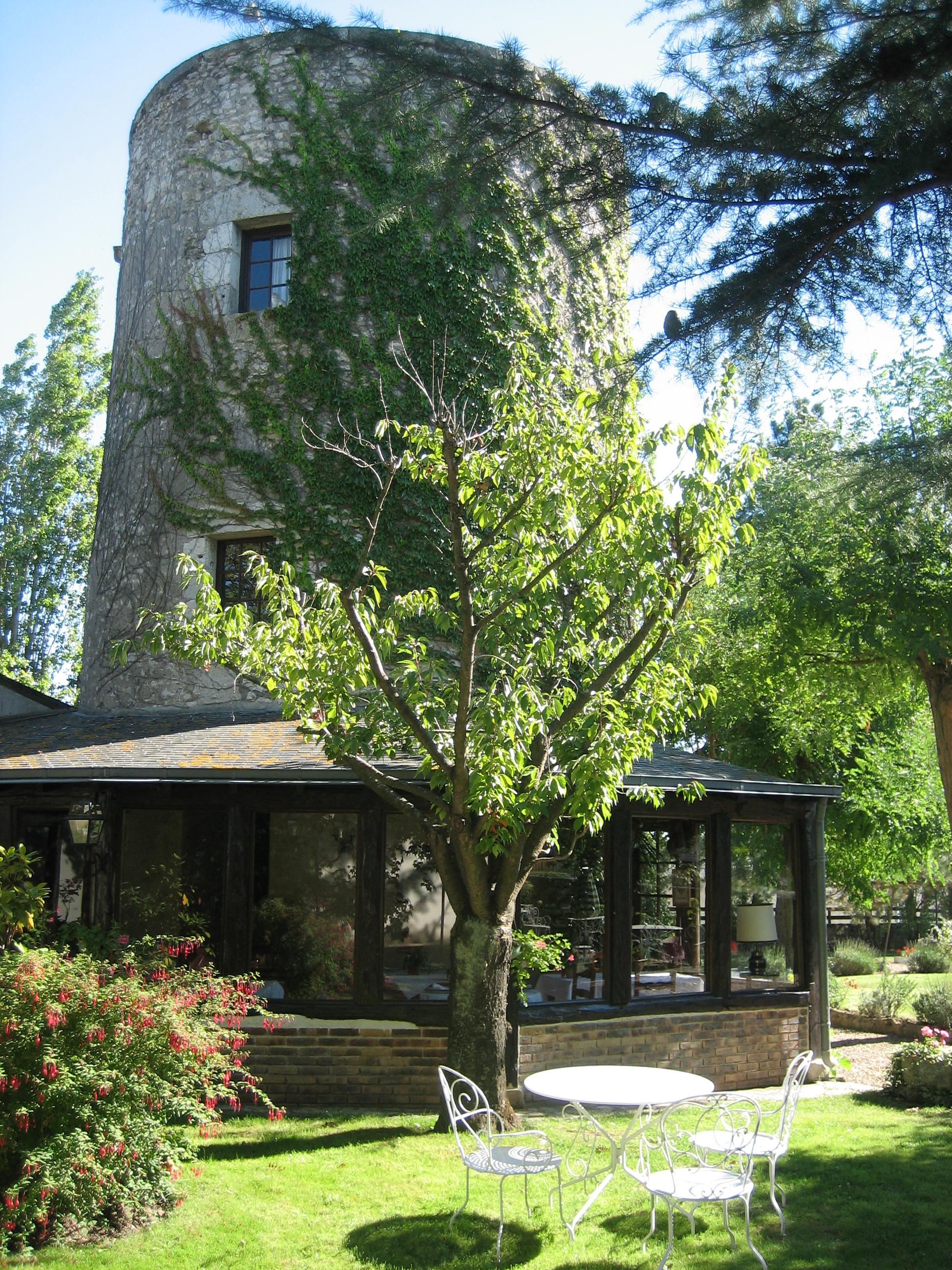 Bienvenue au restaurant de la tour for Au jardin de la tour